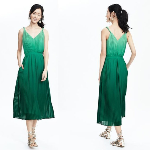 Banana Republic Dresses & Skirts - Banana Republic Green Pleated Ombre Dress